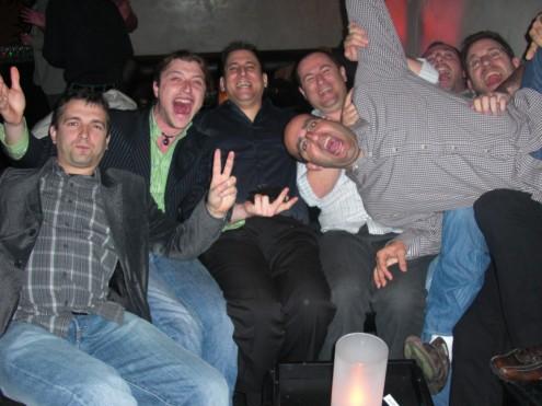 חלק מנבחרת ישראל במסיבה של פלימוס